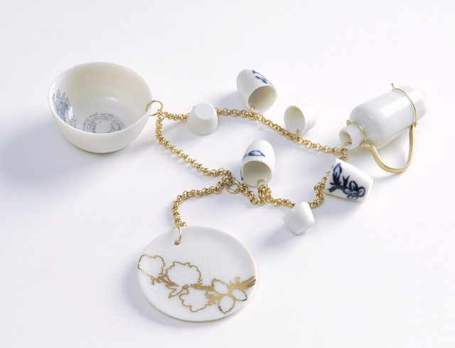 Souvenir Delft B-Set golden chain bracelet