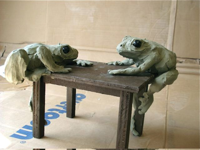 Frog Table model