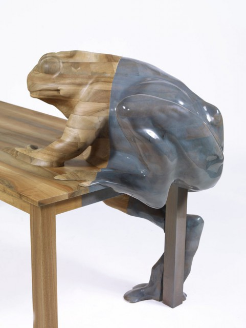Beautiful Frog Table, Detail