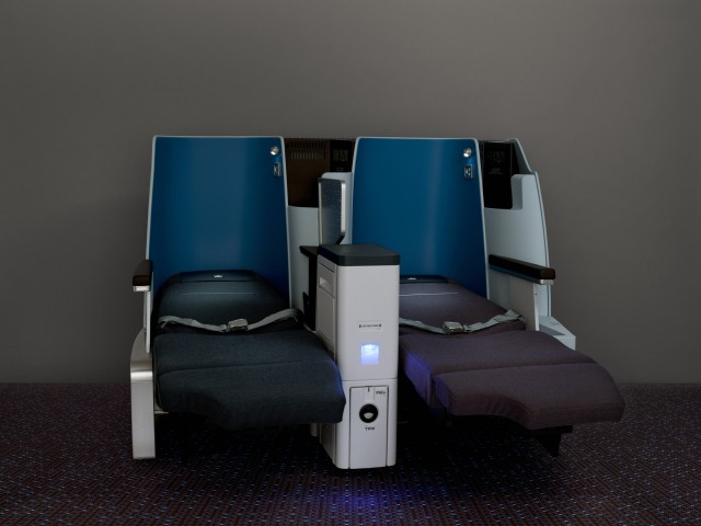 Full flat chair, final design by night KLM