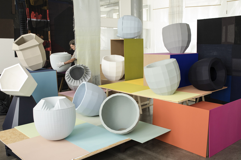 Design process – test set up with Colour Catchers on coloured grounds. Photo: Roel van Tour