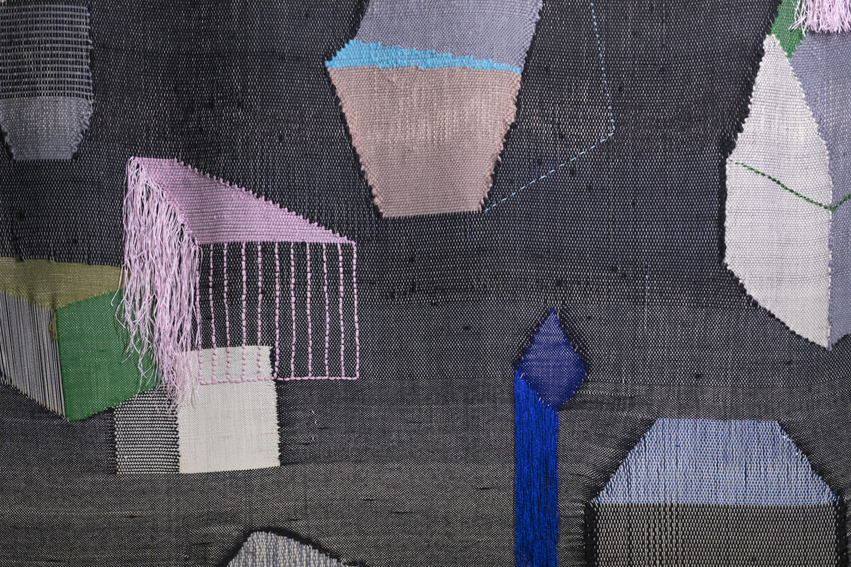 Detail of the hand woven textile for ¿How to entertain a vivid dialogue with the archive?