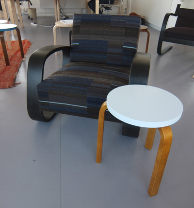 Tank Chair with Stool 60