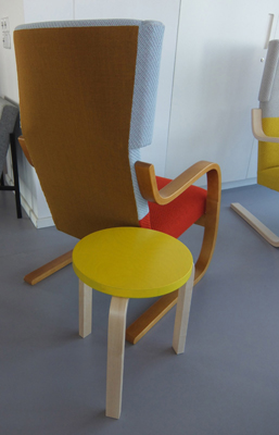 Stool 60 and Chair 401