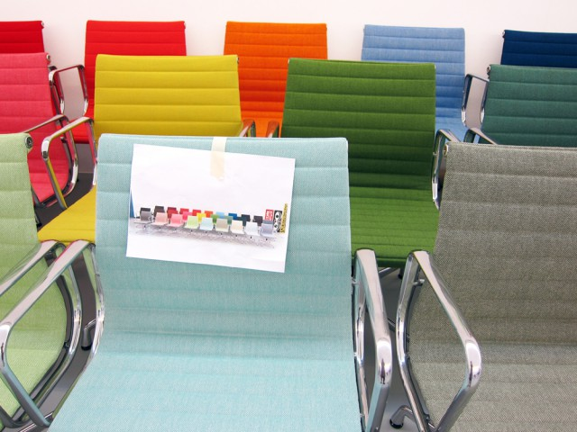 Colour palette of Hopsak fabric on the Eames Alu Chairs