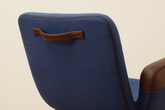 The UN Lounge Chair has a handle on the back to accommodate easy moving of the chair